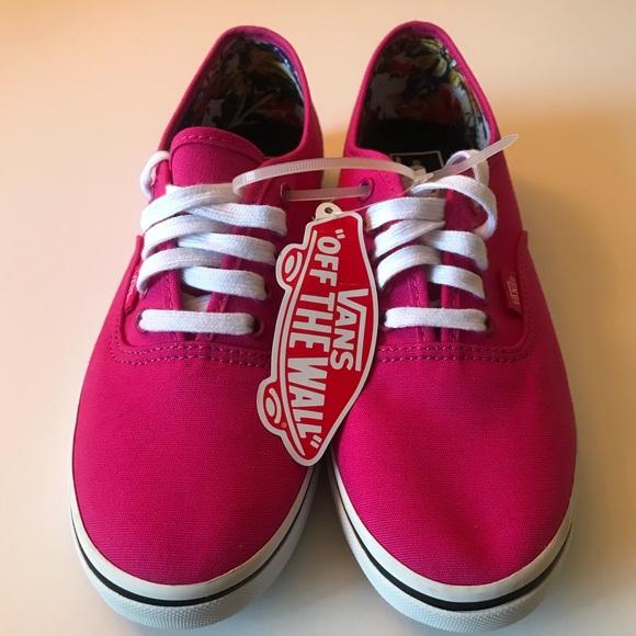 04fe322908 Vans Authentic Lo Pro Women s shoes